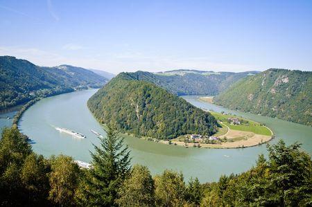 the danube: Schloegener Schlinge, a famous geological feature in Upper Austria
