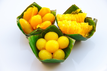 thread count: Gold Egg Yolks Drops and Gold Egg Yolks Thread on Count Banana leaf