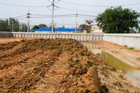 retaining: Retaining walls and soil fill at construction site Editorial