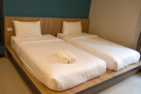 Twin beds in the bedroom.
