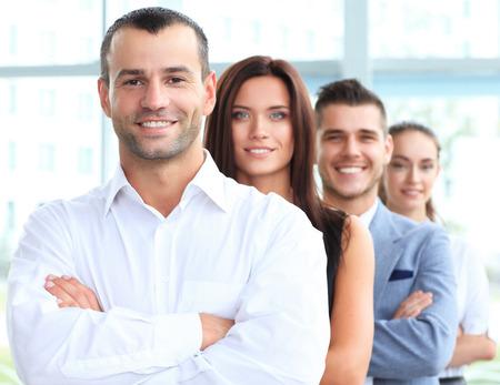 사무실에서 행 행복 한 미소 비즈니스 팀 서 스톡 콘텐츠
