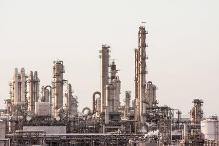 industria quimica: Complejo Industrial Edificio completo de Ductos Foto de archivo