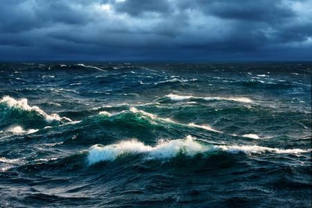 tormenta: Ondas de fractura en Rising Storm