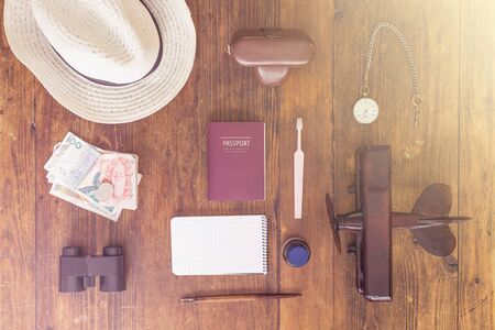 Vintage Collection of Travellers Items