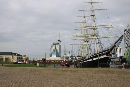 fatten: Sailboat Bremerhaven Editorial
