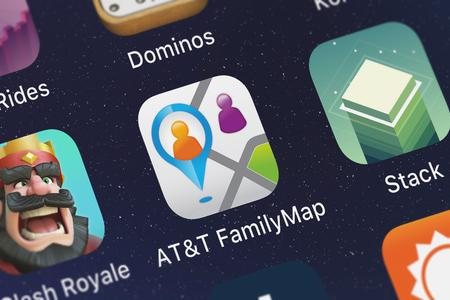 London, United Kingdom - September 29, 2018: Screenshot of the ATT FamilyMap® mobile app from ATT Services, Inc. icon on an iPhone. 에디토리얼