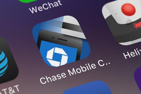 London, United Kingdom - September 29, 2018: Screenshot of the mobile app Chase Mobile Checkout from JPMorgan Chase  Co.. Publikacyjne
