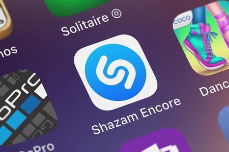 London, United Kingdom - September 29, 2018: Screenshot of Shazam Entertainment Ltd.s mobile app Shazam Encore. 報道画像