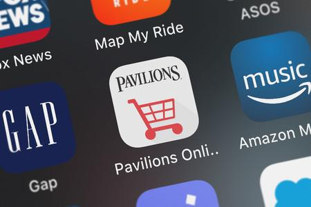 London, United Kingdom - October 05, 2018: Screenshot of the mobile app Pavilions Online Shopping from Albertsons Companies, LLC. Publikacyjne