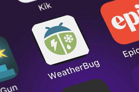 London, United Kingdom - October 05, 2018: The WeatherBug - Weather Forecasts and Alerts mobile app from WeatherBug on an iPhone screen. Publikacyjne