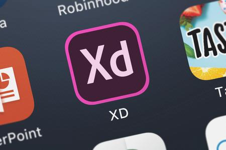 London, United Kingdom - October 05, 2018: Close-up of the Adobe XD icon from Adobe on an iPhone. Publikacyjne