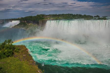 parc naturel: Niagara Falls and Rainbow very Beatiful