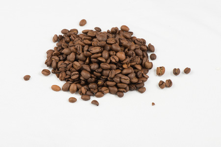 caffee: Coffee Beans with white bakground and delicius beverages