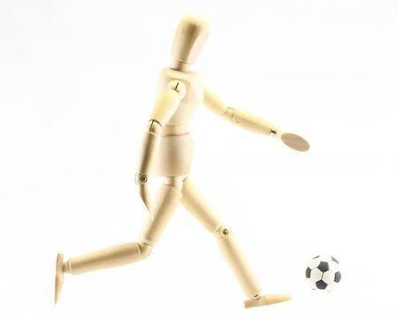 marioneta de madera: Madera de fútbol juego de marionetas en el fondo blanco Foto de archivo