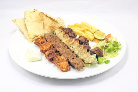 チキン ラム牛肉混合焼きケバブ ティッカ タンドール盛り合わせ