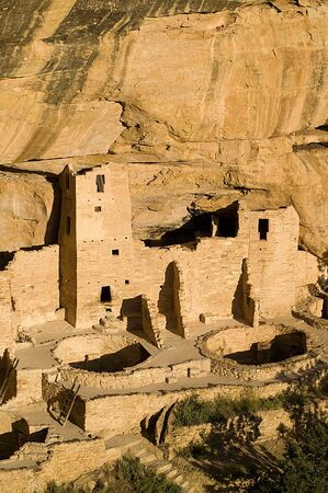 anasazi: Cliff dwellings with kivas, Mesa Verde National Park