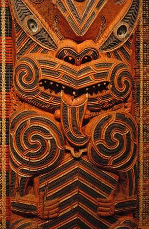 maories: Maor� tradicional tallado en madera que representan antepasados