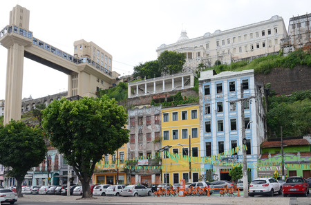 elevador: The Lacerda Elevator in Salvador, Bahia. The elevator connects the upper old city, the Pelourinho with the lower market and port district of the city Editorial