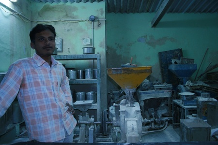 third world economy: 14th Dec 2007, Bhuj, Gujarat, India.  A baker at his work place in India.