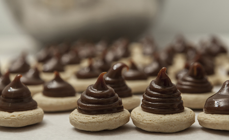 chocolaty: Crunchy cookies with a lot of chocolate