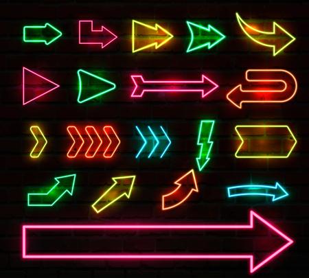 Ensemble de flèches et pointeurs néon colorés. Illustration vectorielle.