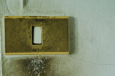古い電子スイッチ
