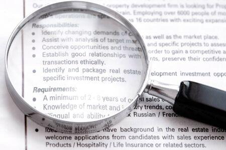 talents: Recherche d'emploi sur annonce dans le journal