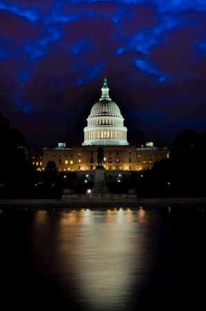 us government: Washington DC, Capitol at night