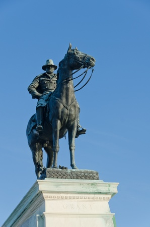 ulysses s  grant: Washington DC - Ulysses S  Grant Memorial in front of the Capitol Building