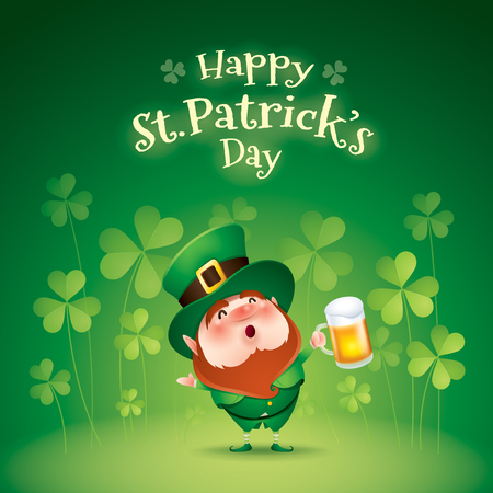 cartoon character of funny leprechaun with mug of beer standing on grass on clover background, saint patrick day concept Stockfoto - 124994225