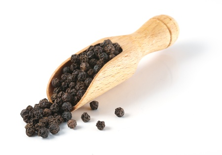 black peppercorn: black pepper isolated on white background Stock Photo