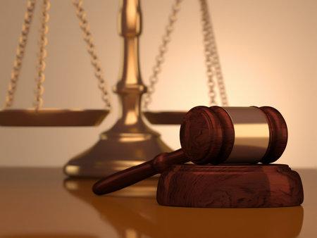balanza justicia: Un procesamiento de - 3d de escala y martillo de justicia dorada