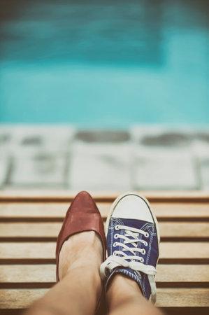 別の靴の女性の足 写真素材