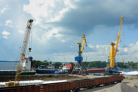 vyborg: Loading of courts in the cargo port of Vyborg Stock Photo