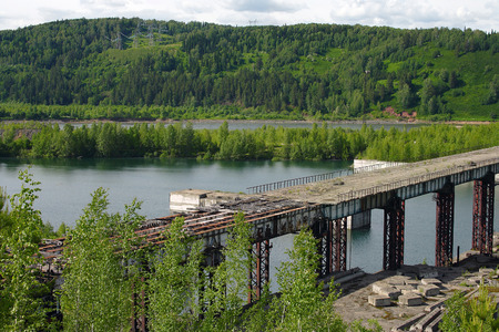 mount tom: Unfinished because of the protests of ecologists, the dam reservoir Krapivino, Kemerovo region, Russia