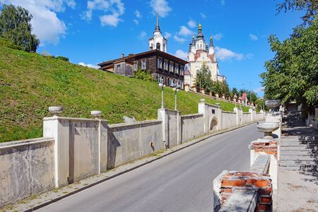 historic district: Tomsk, street Oktyabrskiy vzvoz in a historic district Voskresenskaya mountain Stock Photo