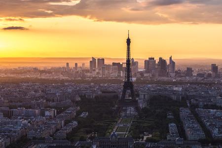 Tour Eiffel Paris Skyline