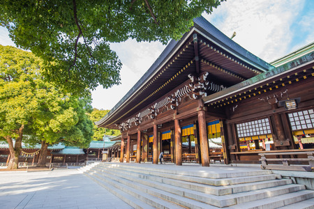 Tokyo, Japon - le 16 Février, 2015: Meiji-Jingu est officiellement désigné l'un des Kanpei-Taisha, le premier rang de gouvernement a appuyé sanctuaires.