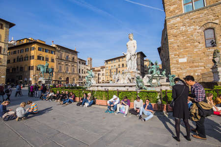 signoria square: Tuscany, Italy - April 10, 2015: Piazza della Signoria is an L-shaped square in front of the Palazzo Vecchio in Florence, Italy. It was named after the Palazzo della Signoria, also called Palazzo Vecchio. Editorial