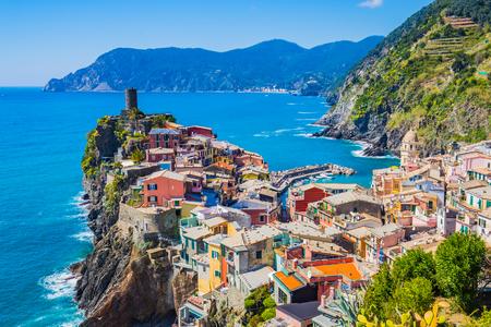 Paysage de Vernazza Cinque Terre, Italie. Banque d'images - 46753586