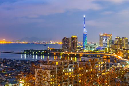 View of Hakata skyline in Fukuoka, Japan. 版權商用圖片 - 60338247