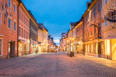 Night of Fussen town in Bavaria, Germany. Banque d'images