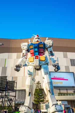 Tokyo, Japan - January 2, 2017: Gundam RX-78-2 the old Gundum at Diver city Tokyo Plaza Éditoriale