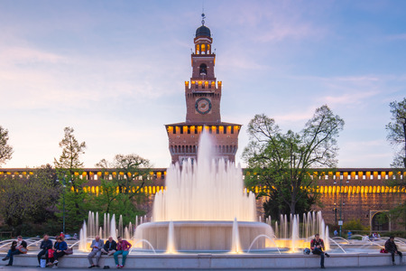 Sforza Castle with fountain in Milan, Italy. Éditoriale