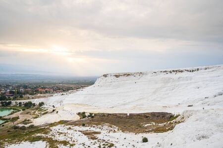 View of travertine terraces at Pamukkale in Denizli, Turkey. Banco de Imagens