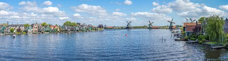 Zaandijk and Zaanse Schans in Zaanstad, province of North Holland, Netherlands. 版權商用圖片