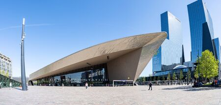 Rotterdam, Netherlands - May 15, 2019: Panorama view of Rotterdam's new Central Station in Rotterdam, Netherlands. 新聞圖片