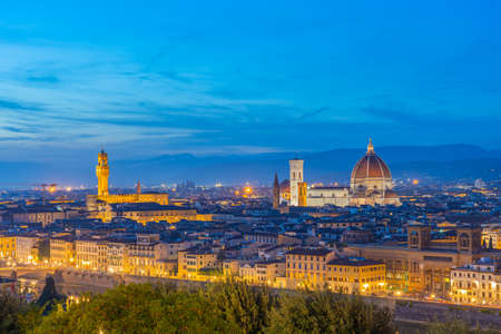 View of Florence skyline at night with view of Duomo of Florence in Tuscany, Italy. 版權商用圖片