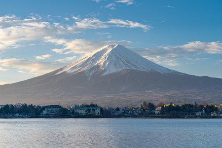 View of Mount Fuji with sunrise in Japan. 版權商用圖片