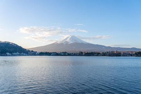 Lake Kawaguchiko with view of Fuji Mount in Japan. 版權商用圖片